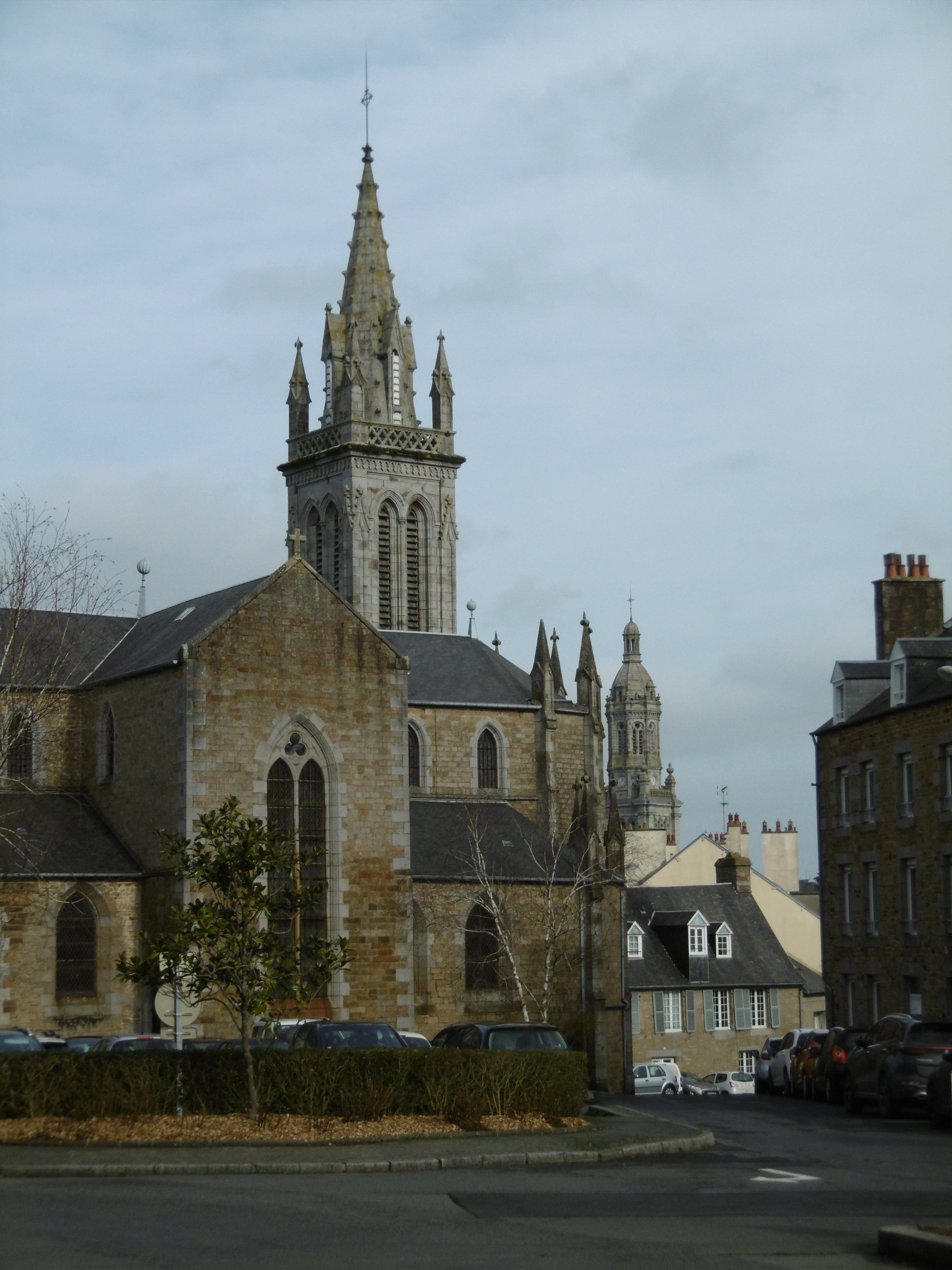 The are many beautiful churches in Avranches.